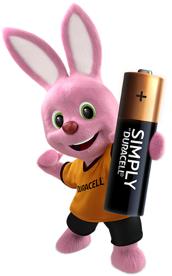 bunny holding duracell pilas